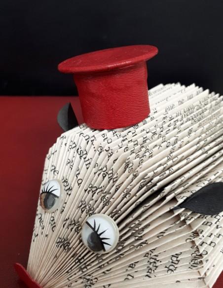 Chapeau du hérisson. Chapeau en cuir fait-main.