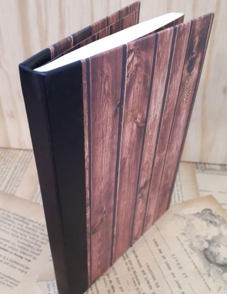 Répertoire pour téléphone. Fabrication artisanale. Répertoire fait-main papier et cuir.