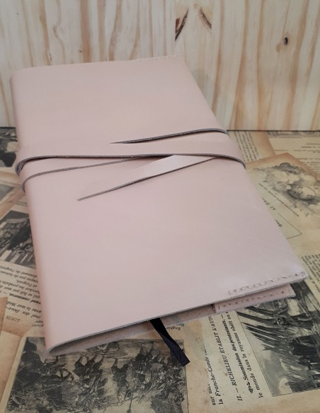 Calfskin notebook cover with lace.