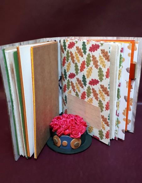 Carnet journal intime fabrication artisanale - Fait-main - Carnet Noisette. Pages avec étiquette
