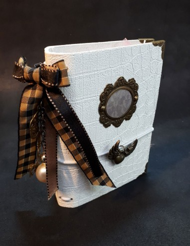 Design diary notebook with its Scottish bow.