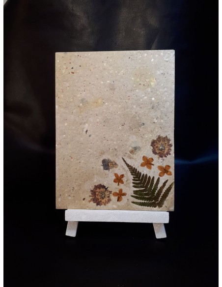 Table floral decoration & recycled paper