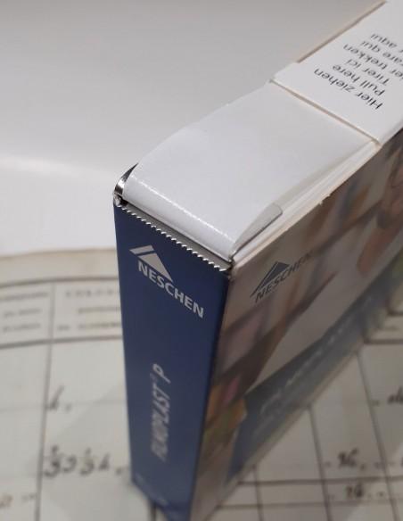 Dérouleur de Filmoplast P.  Découpe automatique du ruban de papier à la longueur voulue.